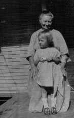 Anna (Sleveki) Mazika and her grand-daughter Lillian Kavirt Trello, Elaine Kuhn's great-grandmother and aunt