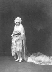 Eva Kasawich, Charleston-style wedding gown, 1927