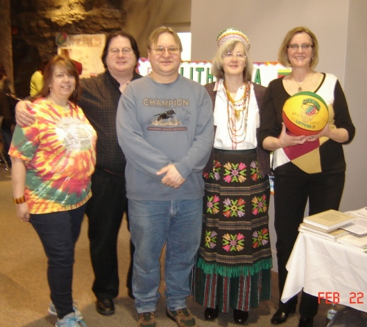 From left:  Exhibitors Donna Baker and Rick Dunham, visitor John Blazis, exhibitor Sandy Baksys and visitor Irena S.