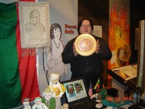 Rick Dunham with Grand Duke Vytautas inlaid wooden plate
