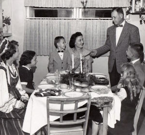 A Lithuanian dinner at the Wisnosky house, original glossy photo given to the family by the State Journal-Register.