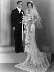 George and Julia (Stockus) Wisnosky wedding, 1930s.