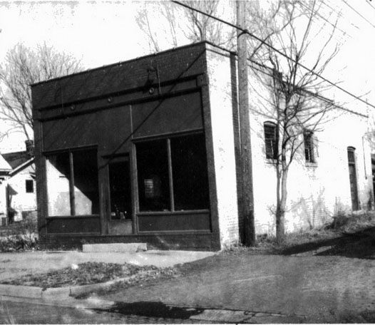 Broida College and South Grand store 1967